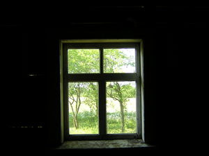 Window to summer by sazo_